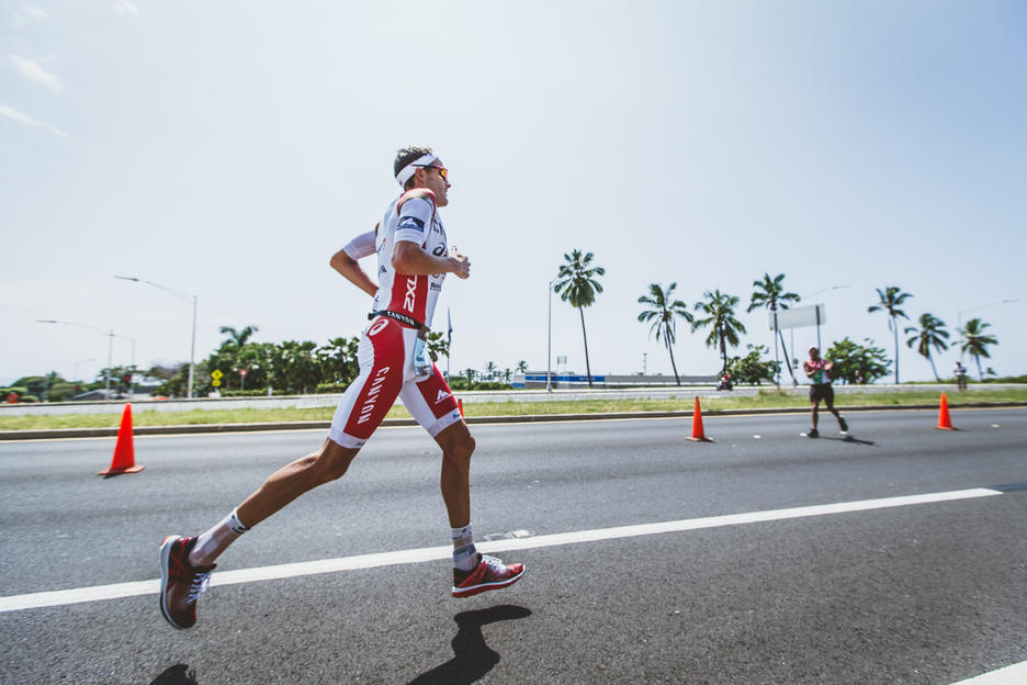 Jan Frodeno on the run to win Ironman Kona 2015