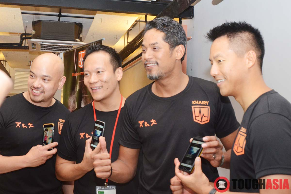 Fr L-R: Personal Trainer Ernie Tang, CEO Charles Tang, Youth and Sports Minister YB Khairy Jamaluddin, Olympian and Commonwealth Gold medallist Josiah Ng