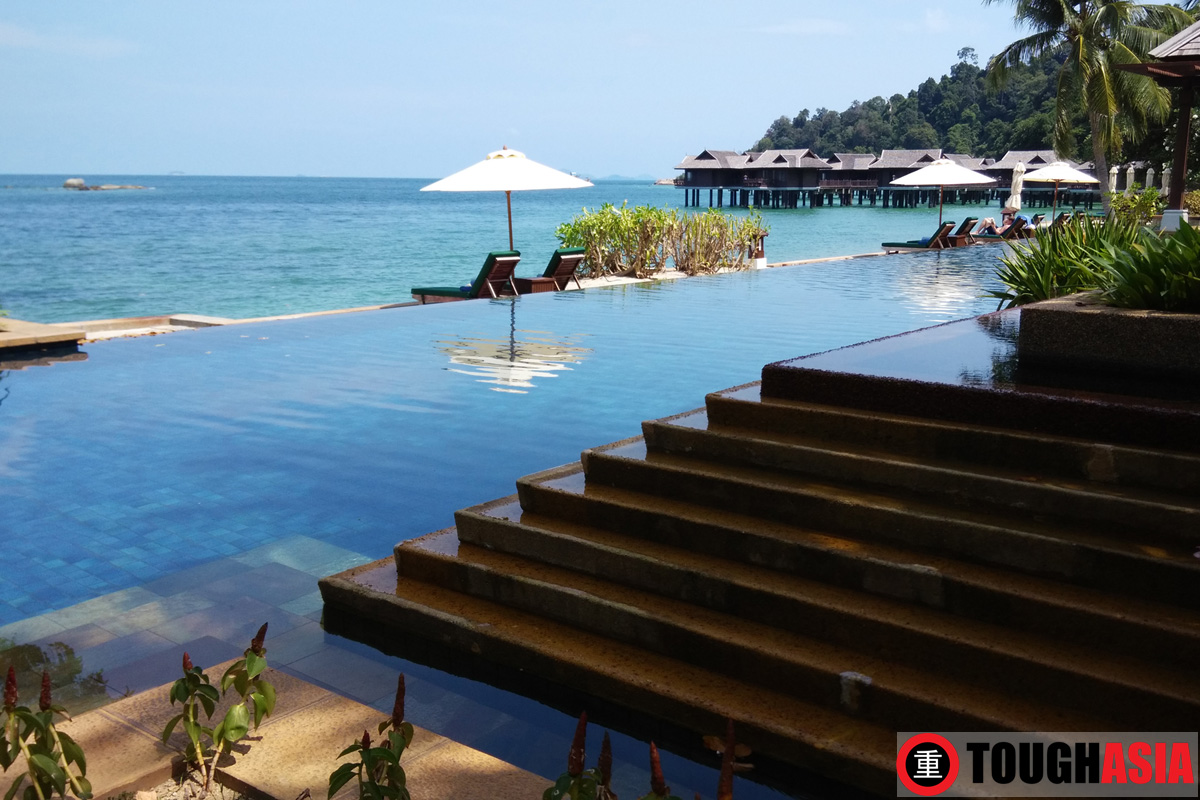 My favourite part of the resort to relax and unwind at the infinity pool.